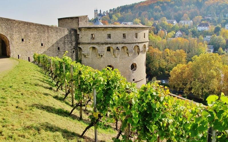 Maschikuliturm der Festung Marienberg in Würzburg