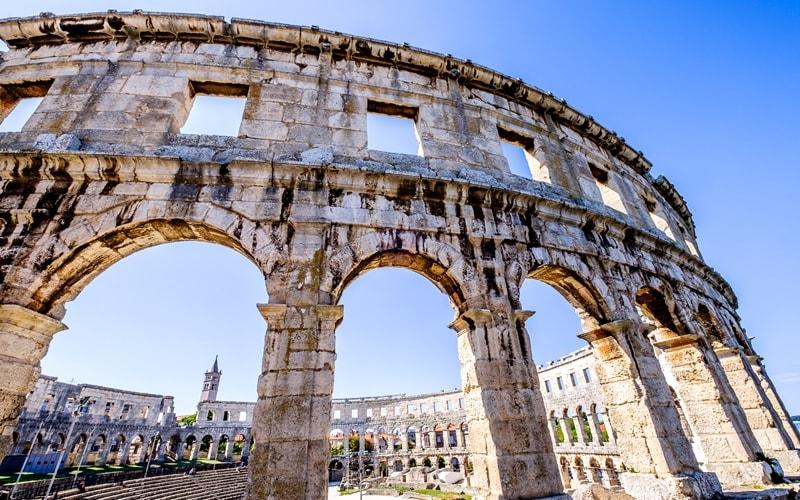 Städte Kroatien Pula Amphitheater