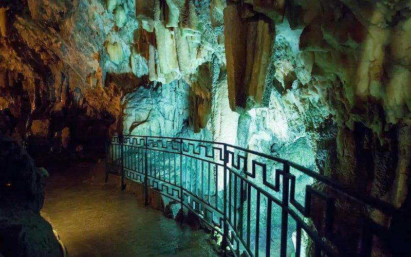 Drogarati Tropfsteinhöhle