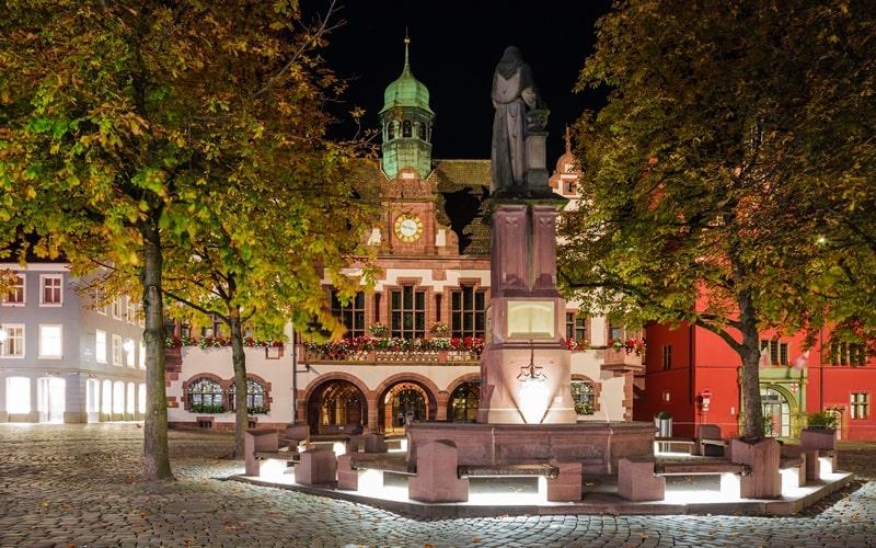Freiburg Rathäuser Nacht