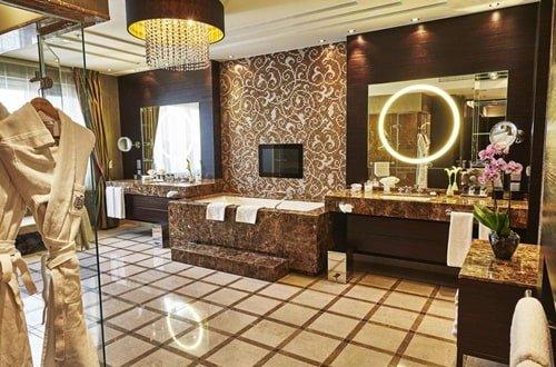 Steigenberger Royal Suite Bad