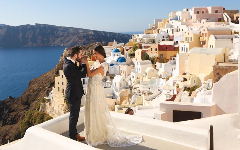 Santorini Hochzeit honeymoon petra villas