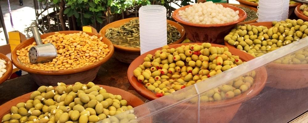 Wochenmarkt Soller Oliven