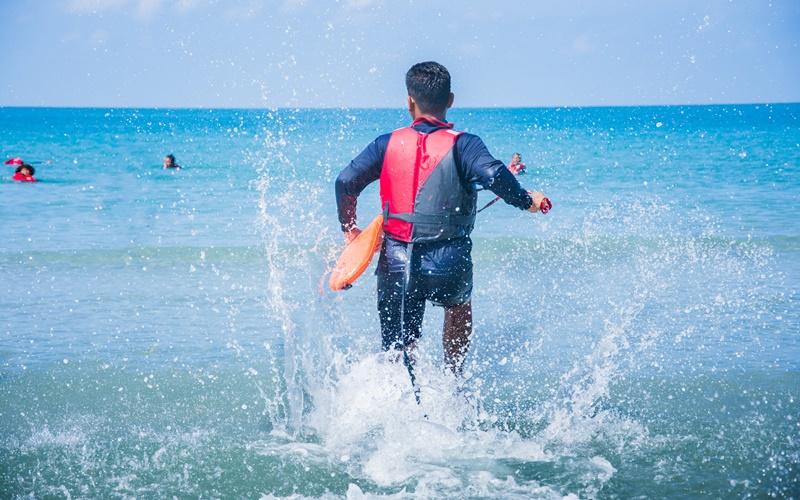 rettungsschwimmer agios georgios