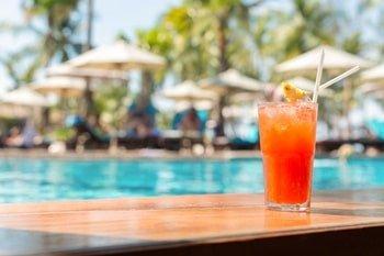 Santa Monica Suites Hotel Poolbar