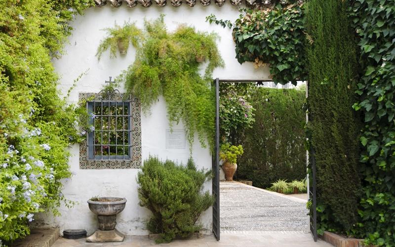 patio palacio de viana